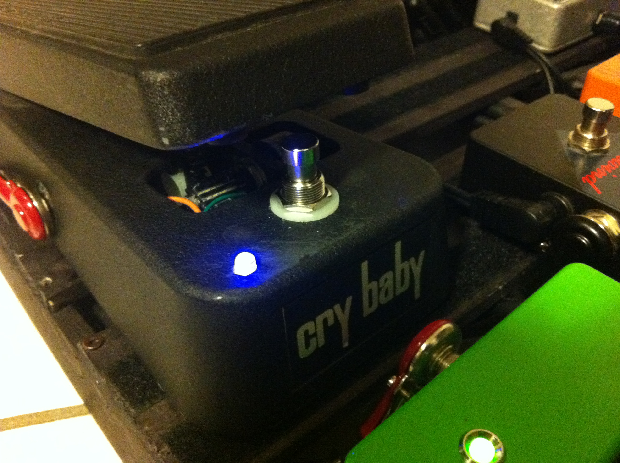 Convert Crybaby Wah Pedal To True Bypass Daniele Turani Wiring Diagram 3pdt With Led Installed Purple And Turned On